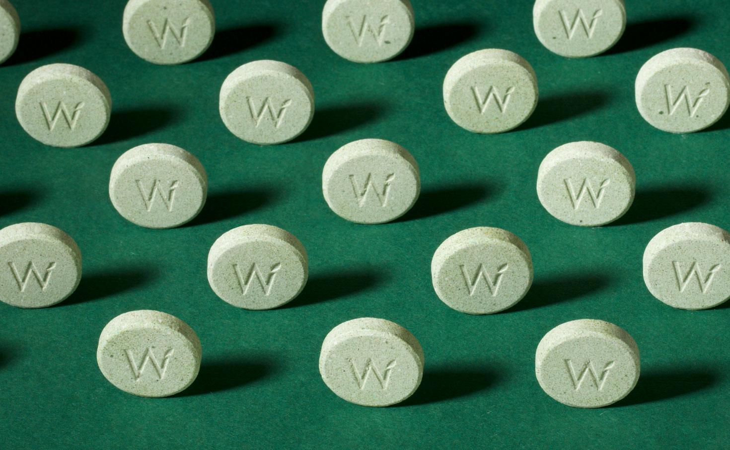 wbn_shoot-pill